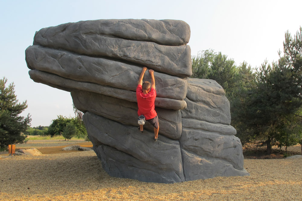 Climbing Boulders – Fairlop Waters